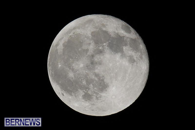 Full Moon Bermuda, August 18 2016-1