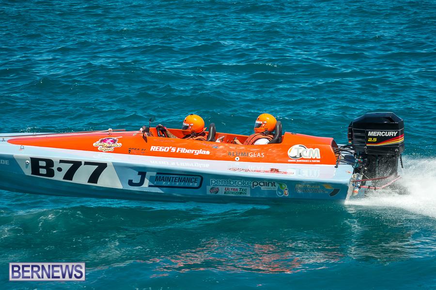 JM-2016-Around-the-Island-powerboat-race-104