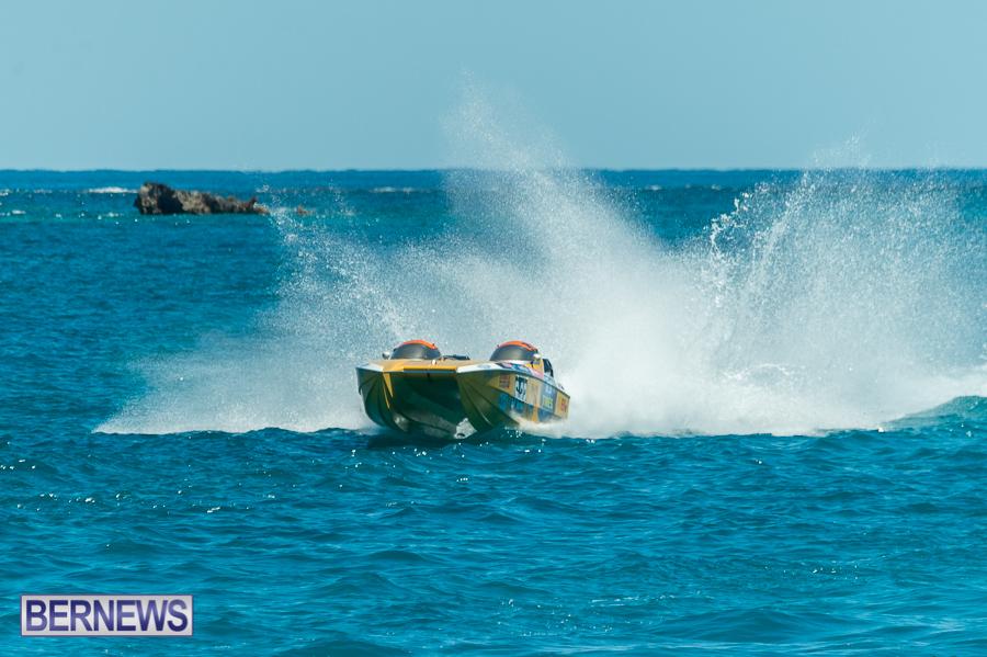 JM-2016-Around-the-Island-powerboat-race-109