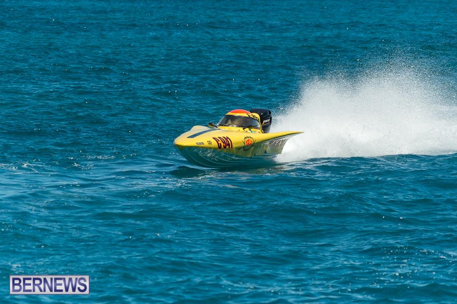 JM-2016-Around-the-Island-powerboat-race-11