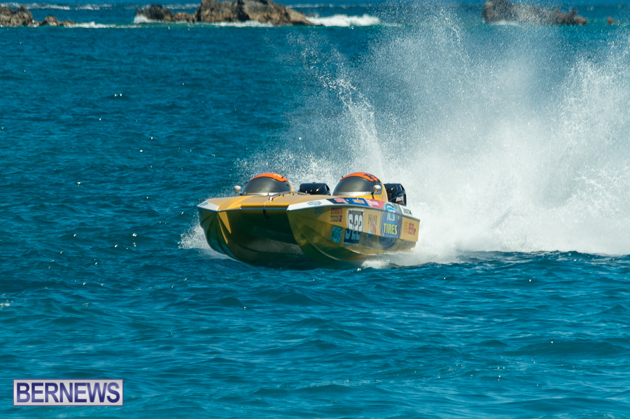 JM-2016-Around-the-Island-powerboat-race-115