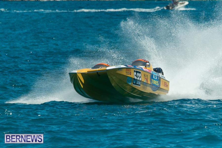 JM-2016-Around-the-Island-powerboat-race-117