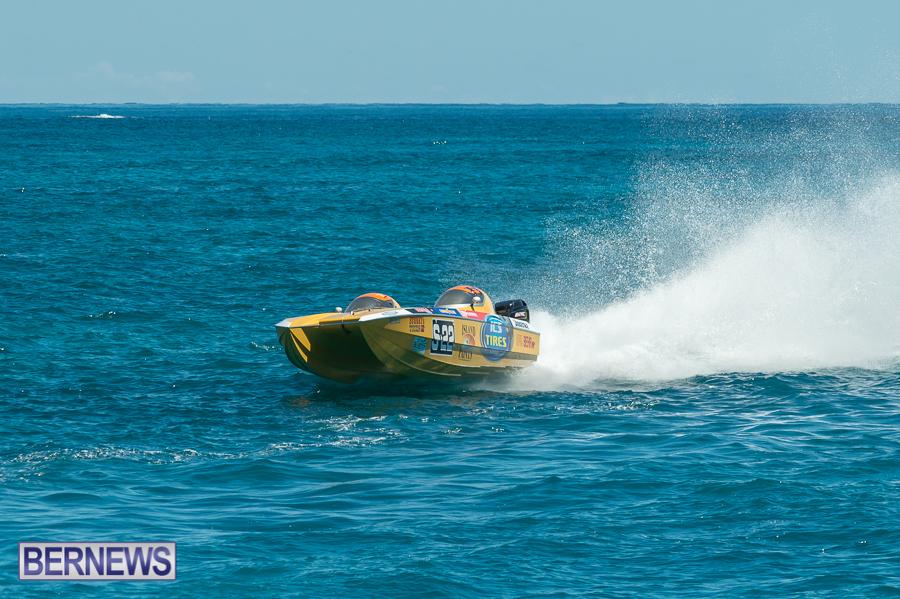 JM-2016-Around-the-Island-powerboat-race-124