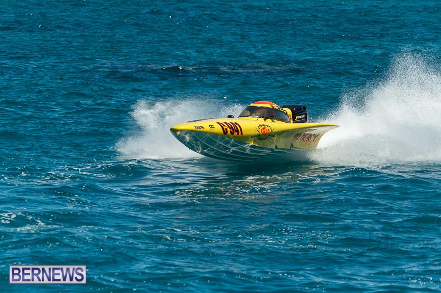 JM-2016-Around-the-Island-powerboat-race-13