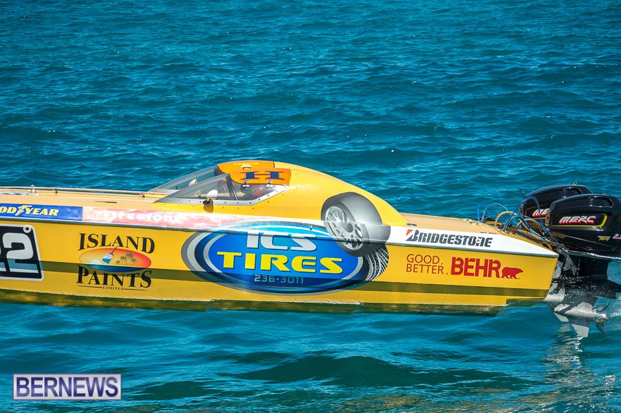 JM-2016-Around-the-Island-powerboat-race-137