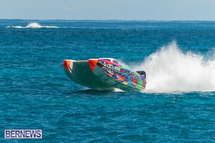 JM-2016-Around-the-Island-powerboat-race-140