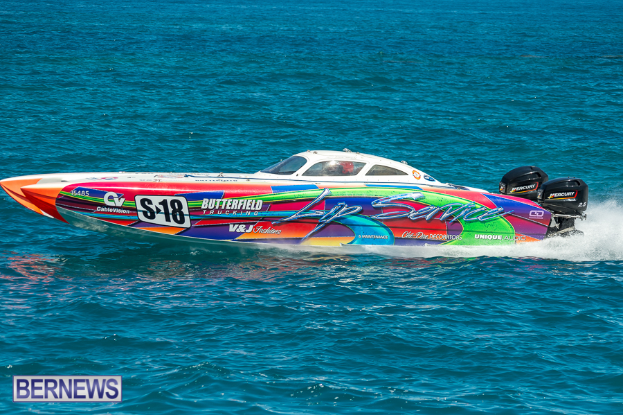 JM-2016-Around-the-Island-powerboat-race-161
