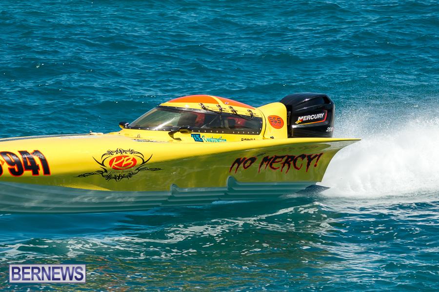 JM-2016-Around-the-Island-powerboat-race-17