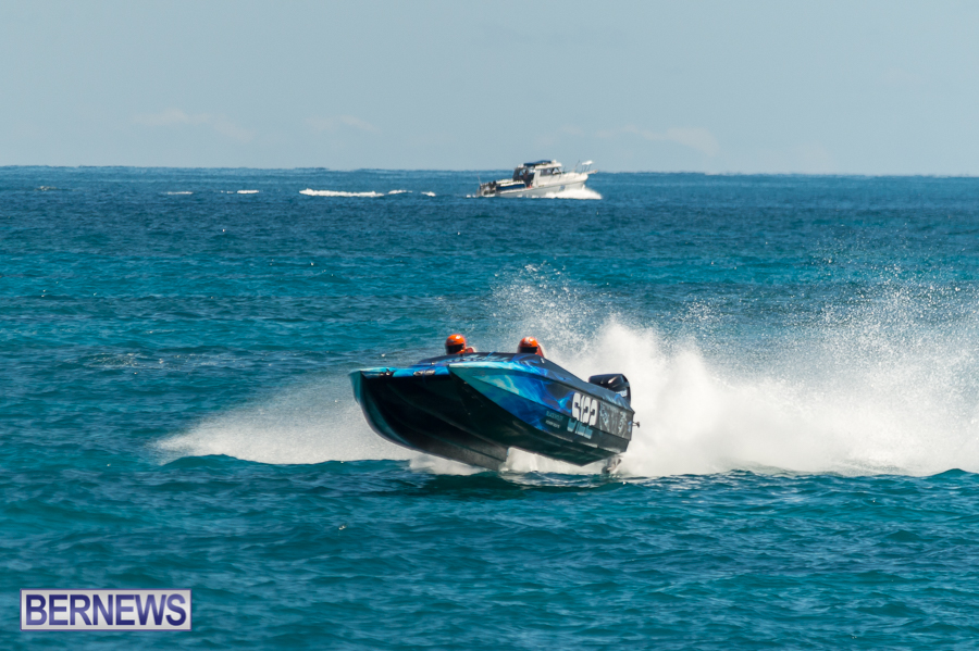 JM-2016-Around-the-Island-powerboat-race-173