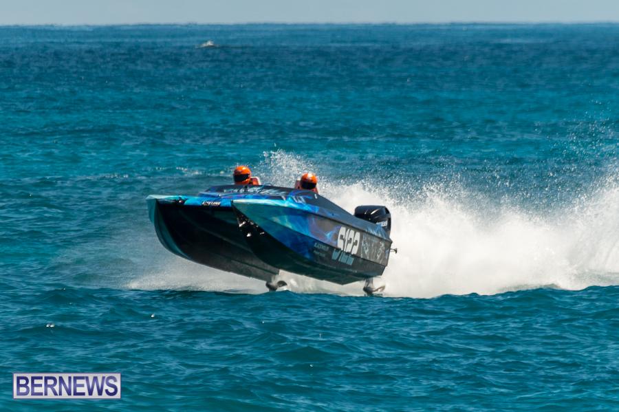 JM-2016-Around-the-Island-powerboat-race-175