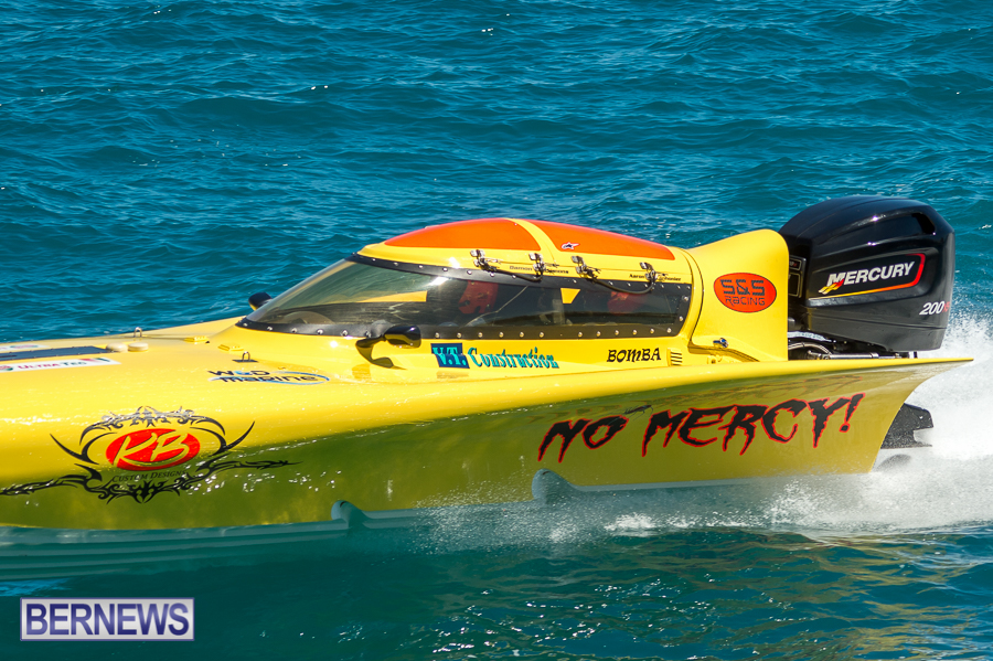 JM-2016-Around-the-Island-powerboat-race-19