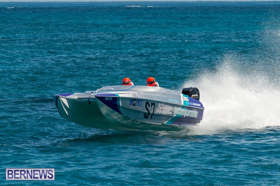 JM-2016-Around-the-Island-powerboat-race-227
