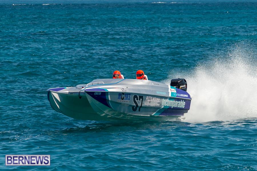JM-2016-Around-the-Island-powerboat-race-228