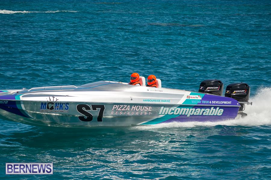 JM-2016-Around-the-Island-powerboat-race-233