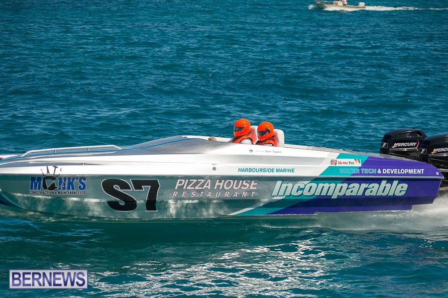 JM-2016-Around-the-Island-powerboat-race-235