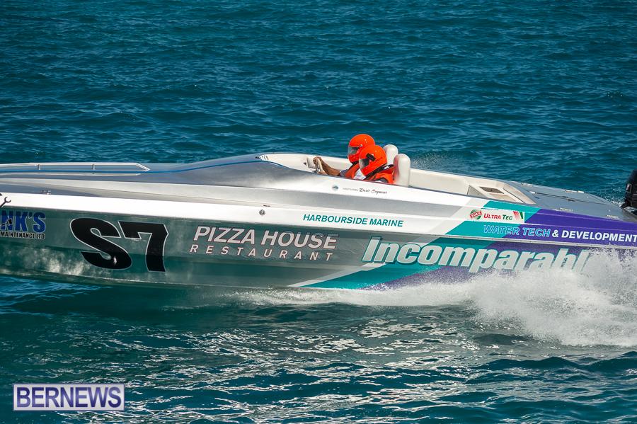 JM-2016-Around-the-Island-powerboat-race-237