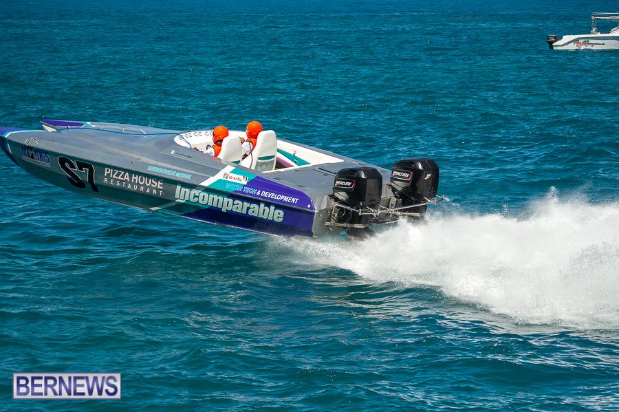 JM-2016-Around-the-Island-powerboat-race-241