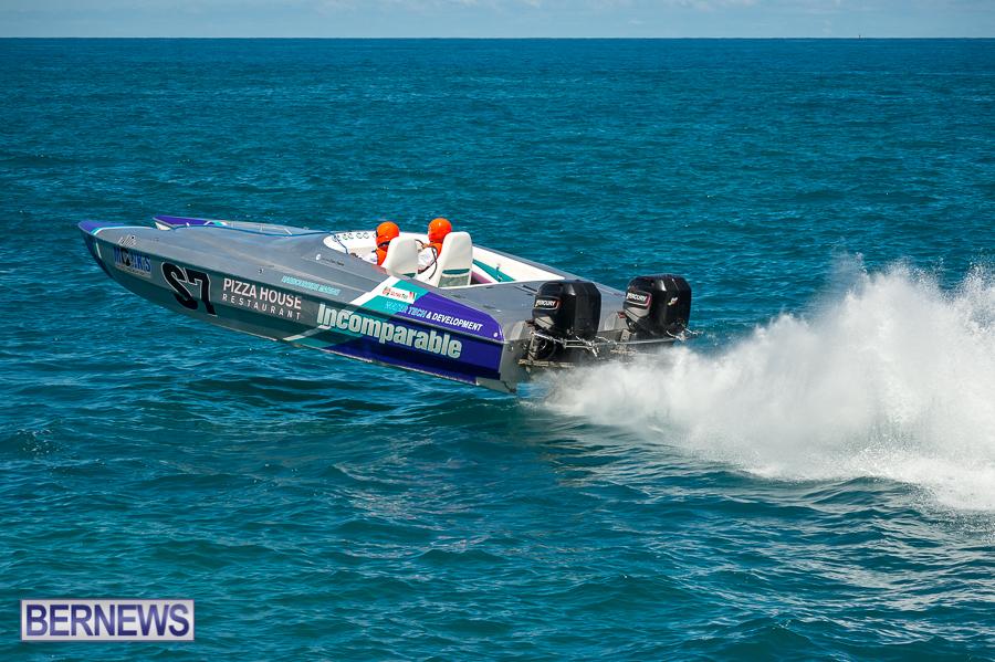 JM-2016-Around-the-Island-powerboat-race-243