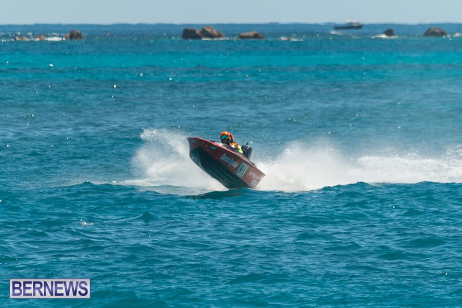 JM-2016-Around-the-Island-powerboat-race-26