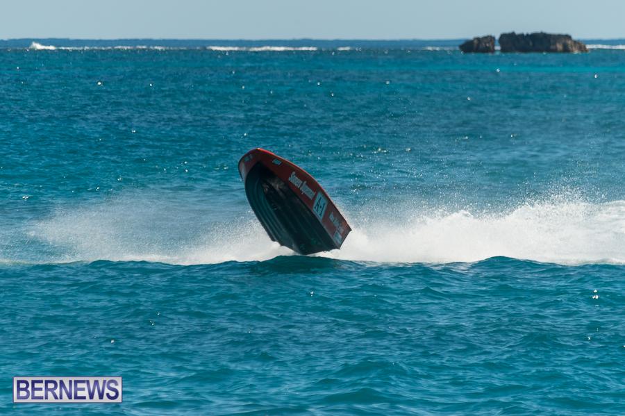 JM-2016-Around-the-Island-powerboat-race-28