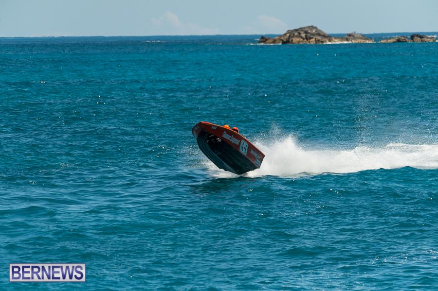 JM-2016-Around-the-Island-powerboat-race-31