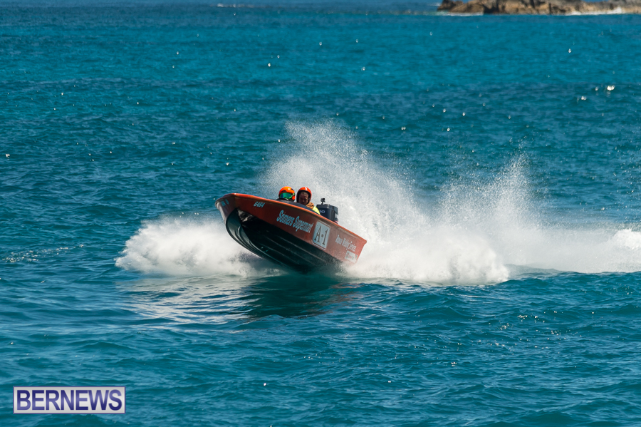 JM-2016-Around-the-Island-powerboat-race-32