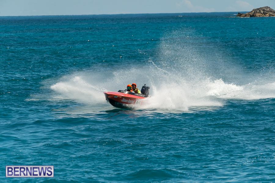 JM-2016-Around-the-Island-powerboat-race-33