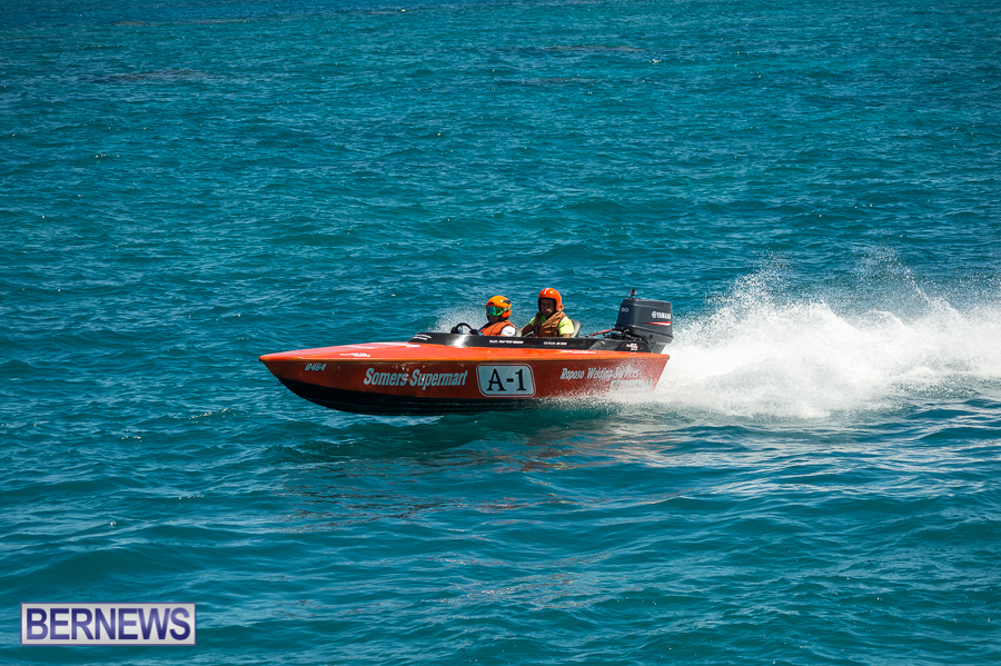 JM-2016-Around-the-Island-powerboat-race-36