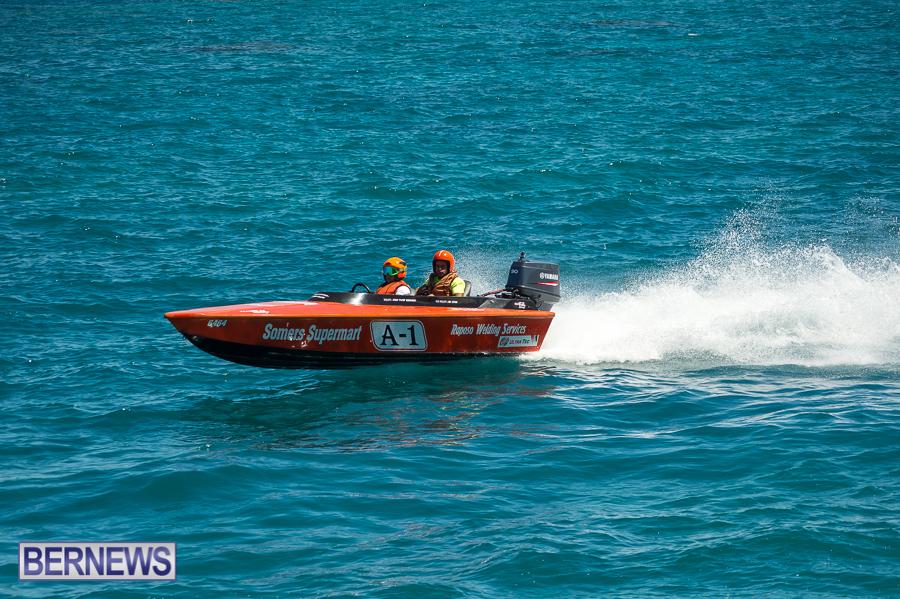 JM-2016-Around-the-Island-powerboat-race-37
