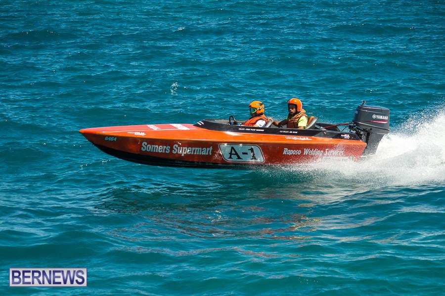 JM-2016-Around-the-Island-powerboat-race-39
