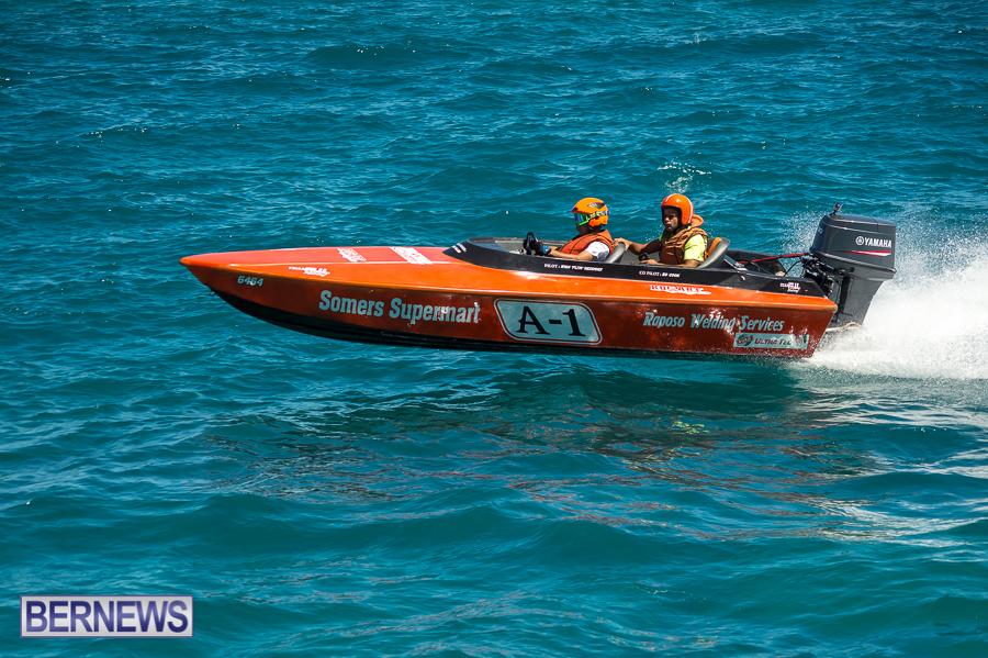 JM-2016-Around-the-Island-powerboat-race-40