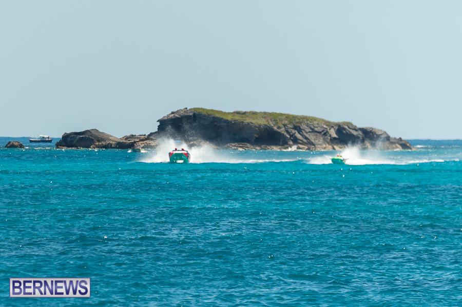 JM-2016-Around-the-Island-powerboat-race-44