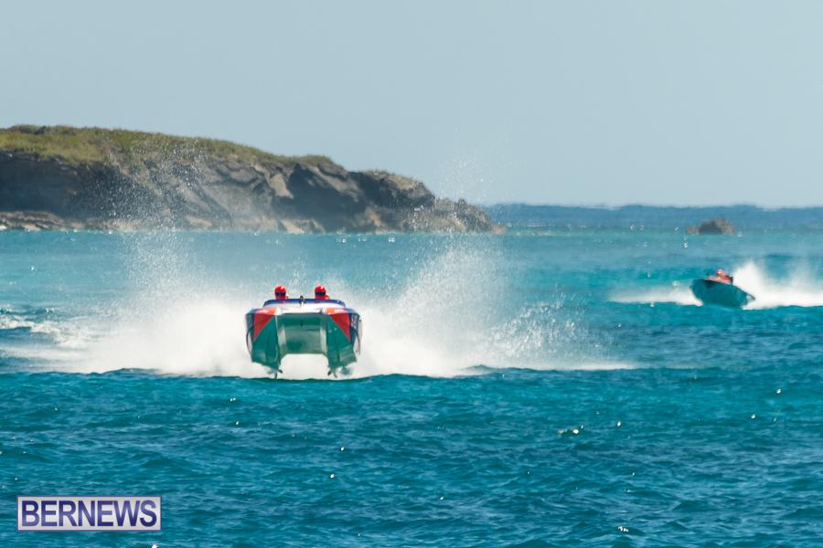 JM-2016-Around-the-Island-powerboat-race-47