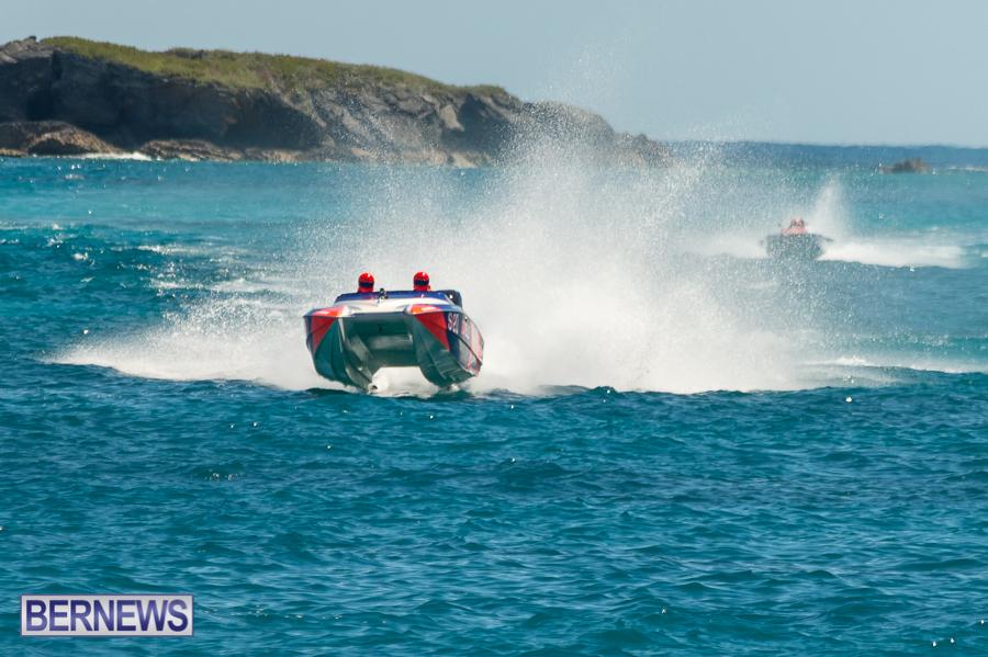 JM-2016-Around-the-Island-powerboat-race-48