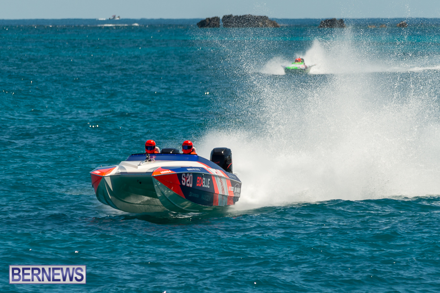 JM-2016-Around-the-Island-powerboat-race-52