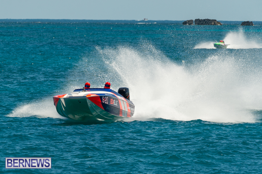 JM-2016-Around-the-Island-powerboat-race-53