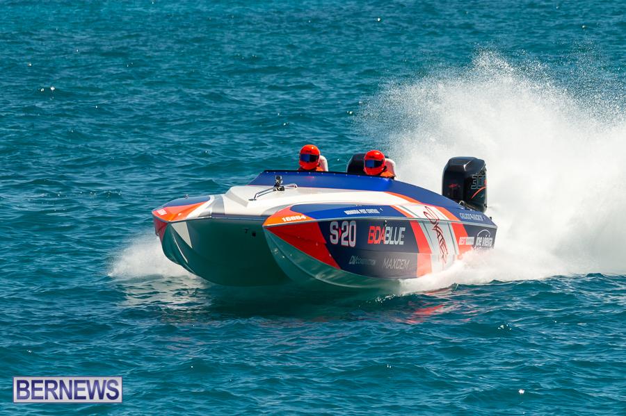 JM-2016-Around-the-Island-powerboat-race-56
