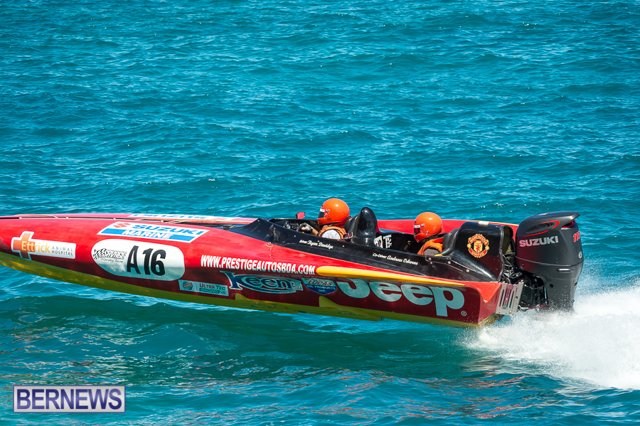 JM-2016-Around-the-Island-powerboat-race-6