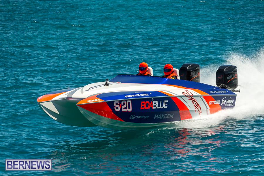 JM-2016-Around-the-Island-powerboat-race-60
