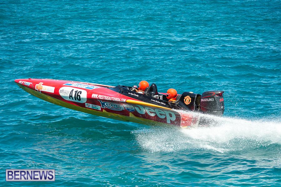 JM-2016-Around-the-Island-powerboat-race-7
