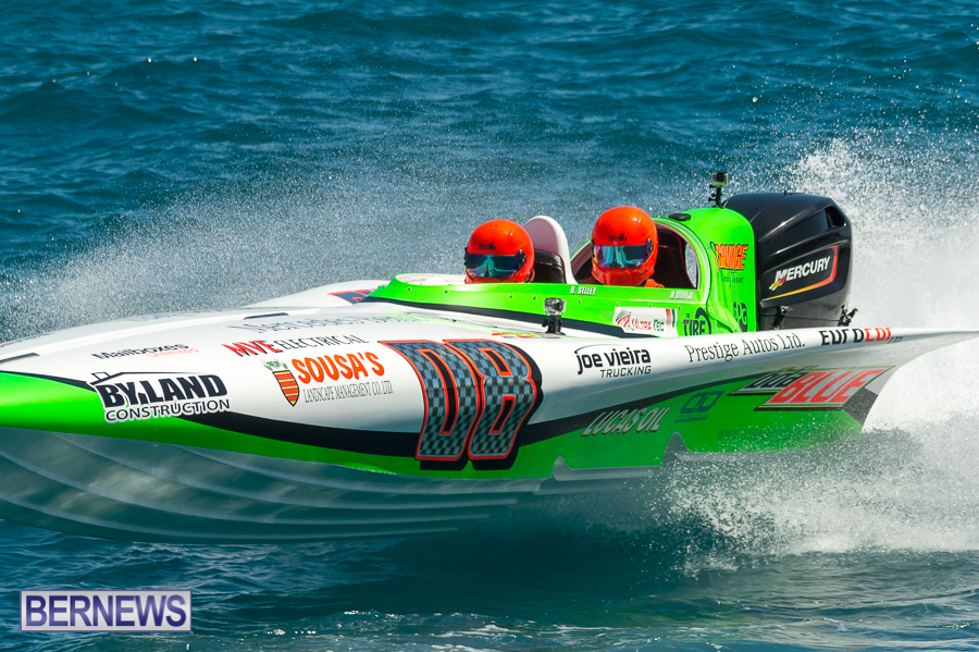 JM-2016-Around-the-Island-powerboat-race-77