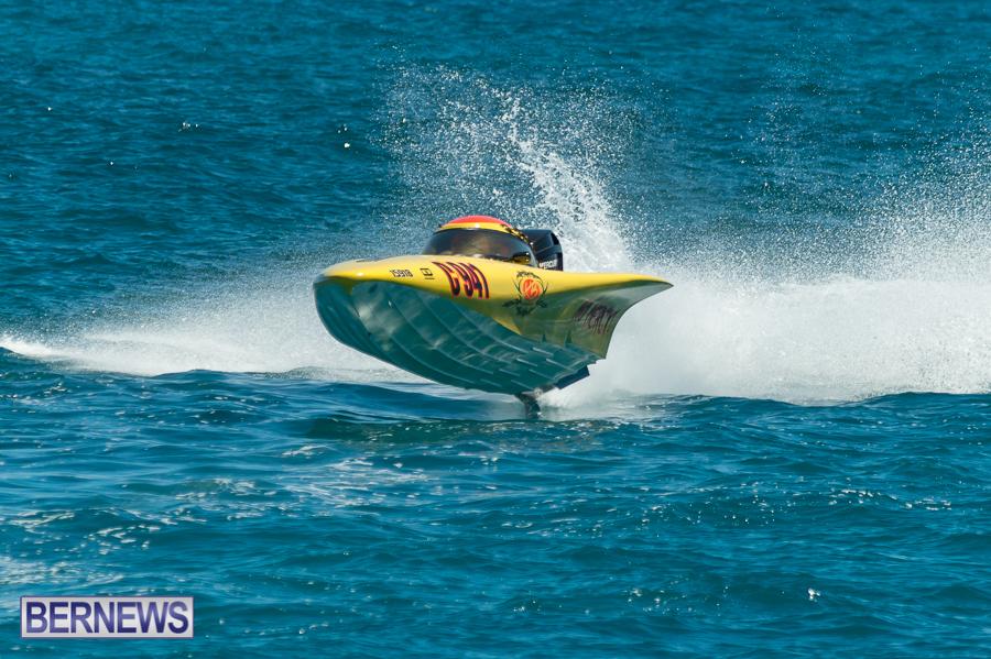JM-2016-Around-the-Island-powerboat-race-9