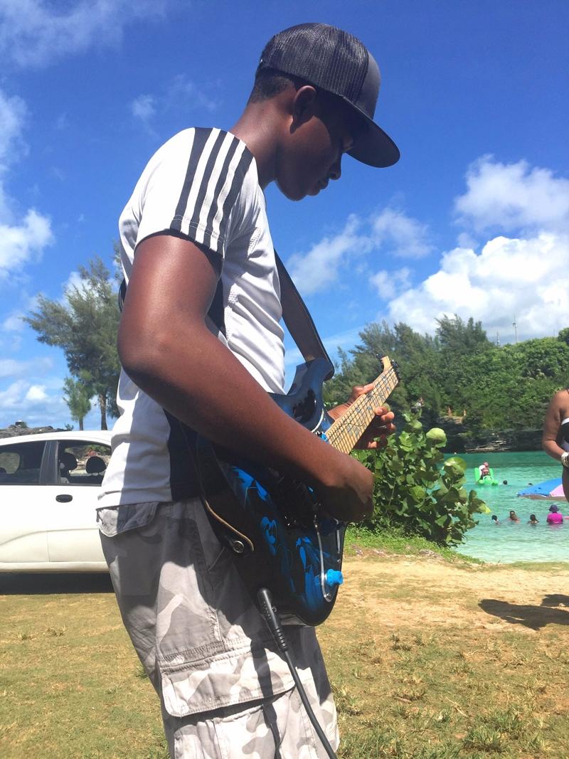 Simon Bros at Admiralty Cove Jonathan Bermuda August 2 2016