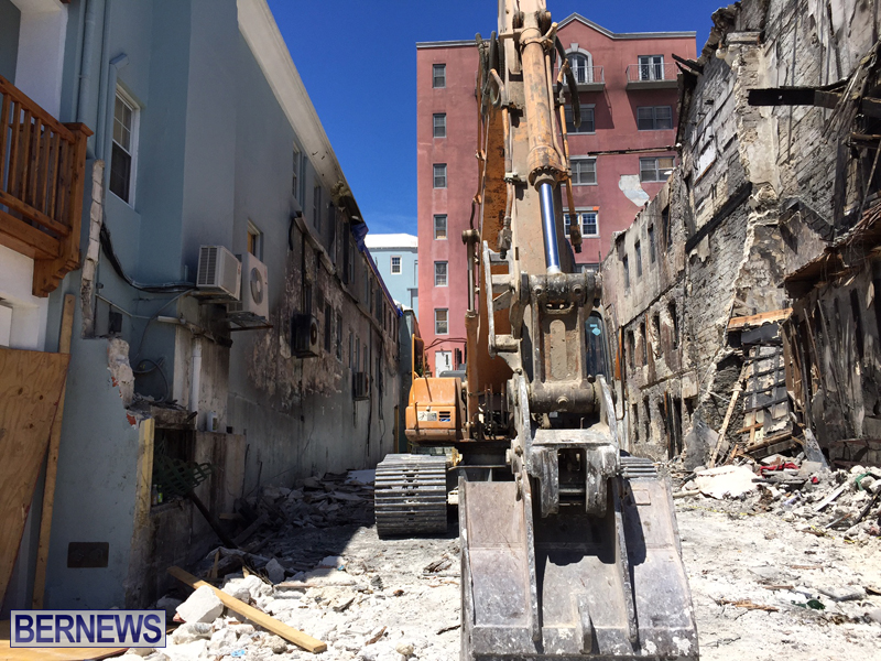 Work after Front Street fire Bermuda Aug 21 2016 (2)
