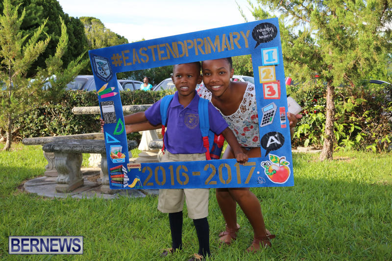 Back-To-School-First-Day-Bermuda-September-8-2016-10