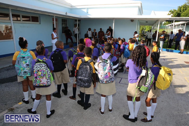 Back-To-School-First-Day-Bermuda-September-8-2016-11