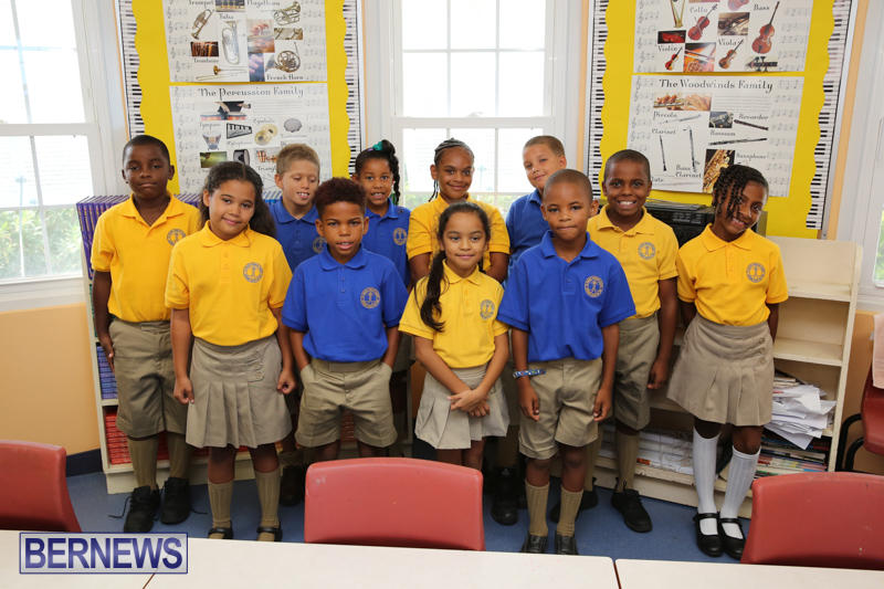 Back-To-School-First-Day-Bermuda-September-8-2016-15