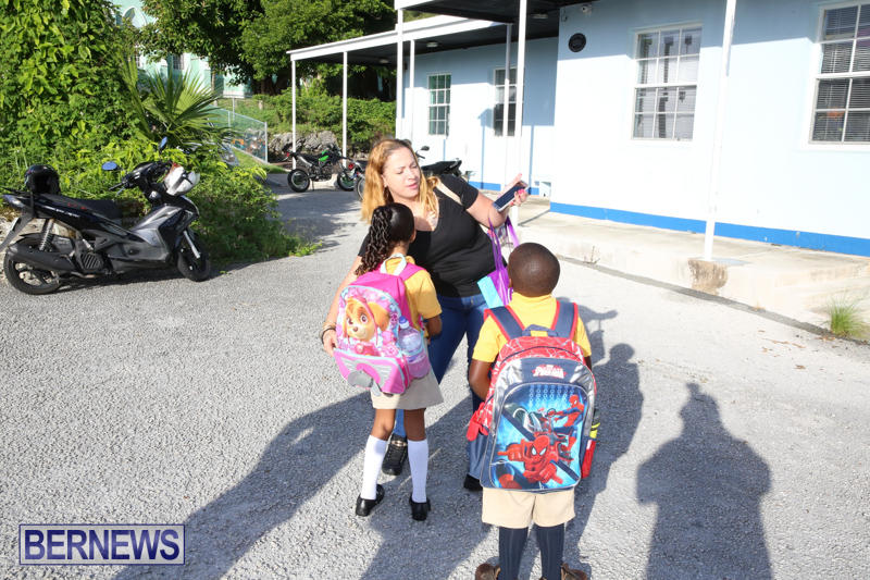 Back-To-School-First-Day-Bermuda-September-8-2016-2