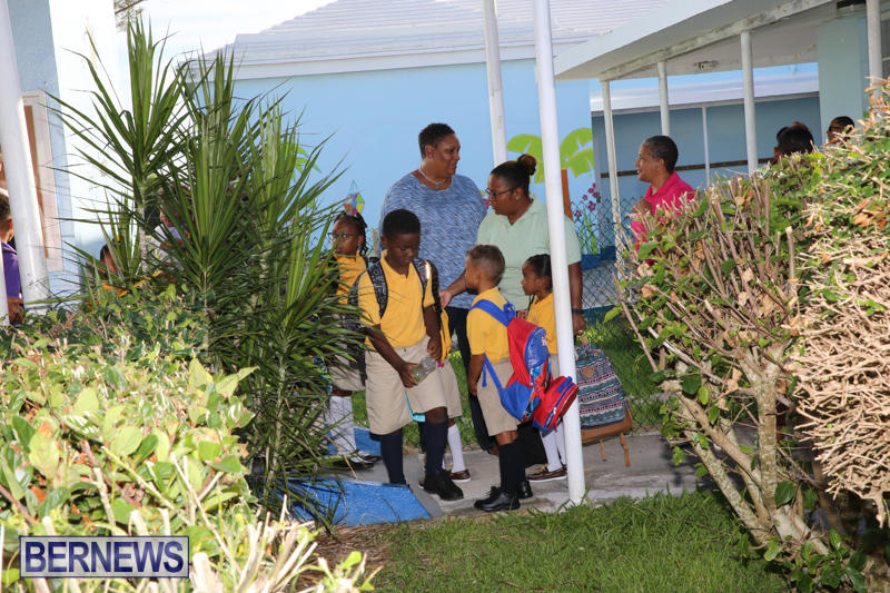 Back-To-School-First-Day-Bermuda-September-8-2016-3