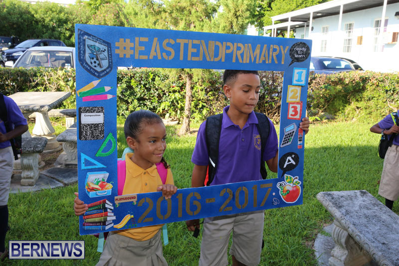 Back-To-School-First-Day-Bermuda-September-8-2016-5